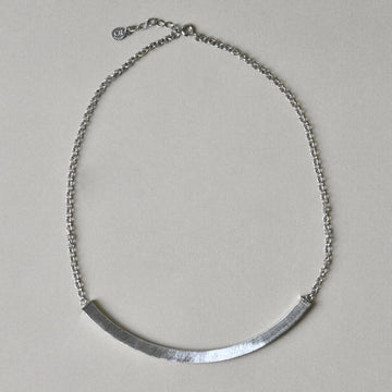 Arc Collar Necklace in Silver Tone