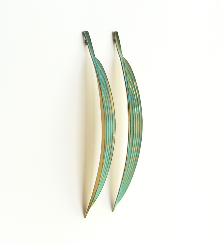 Palm Blade Stud Earrings - Goldmakers Fine Jewelry