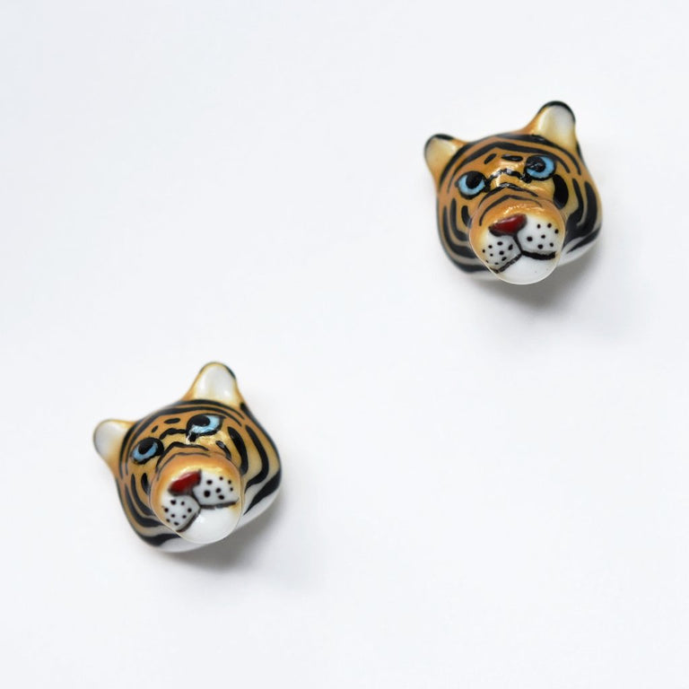 Tiger Post Earrings - Goldmakers Fine Jewelry