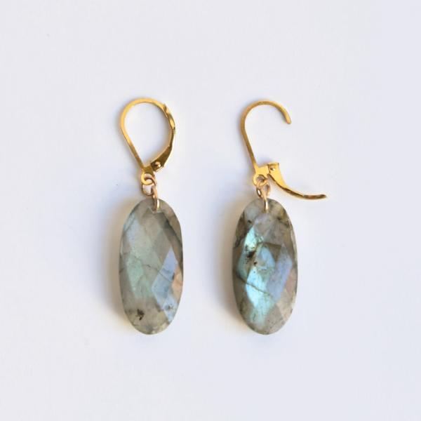 Faceted Labradorite Pebble Earrings - Goldmakers Fine Jewelry