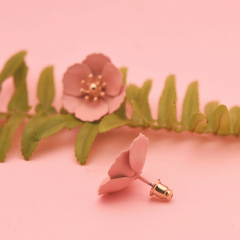 Rose Water Floral Studs - Goldmakers Fine Jewelry