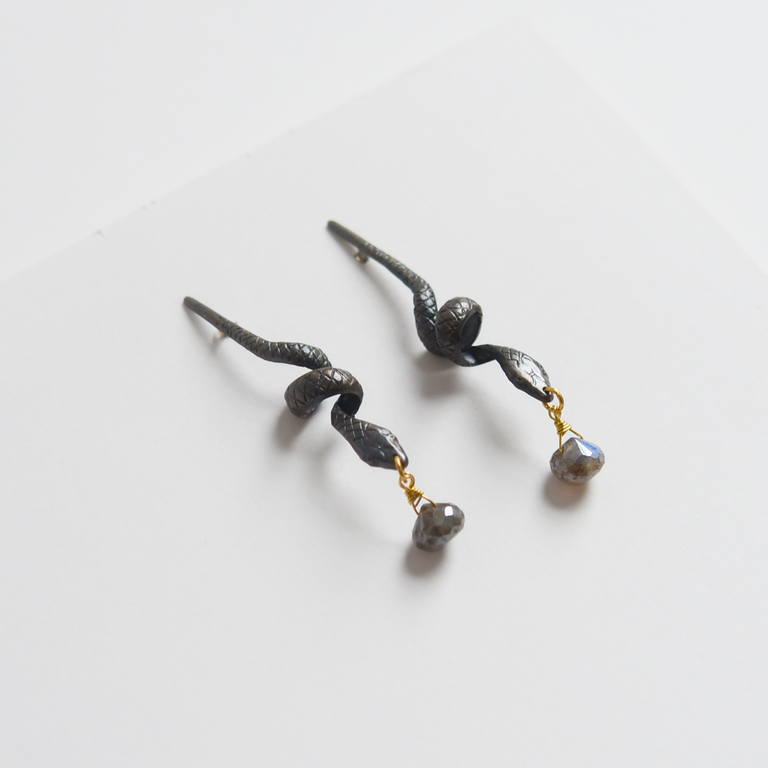 Eve Snake Earrings - Goldmakers Fine Jewelry