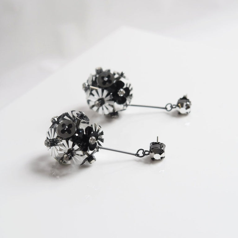 Black Flower Explosion Earrings - Goldmakers Fine Jewelry