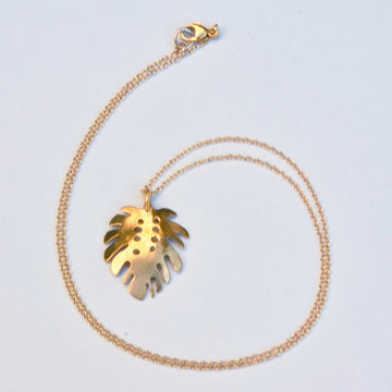 Monstera Leaf Pendant Necklace - Goldmakers Fine Jewelry