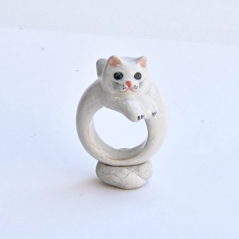 White Persian Cat Ring - Goldmakers Fine Jewelry