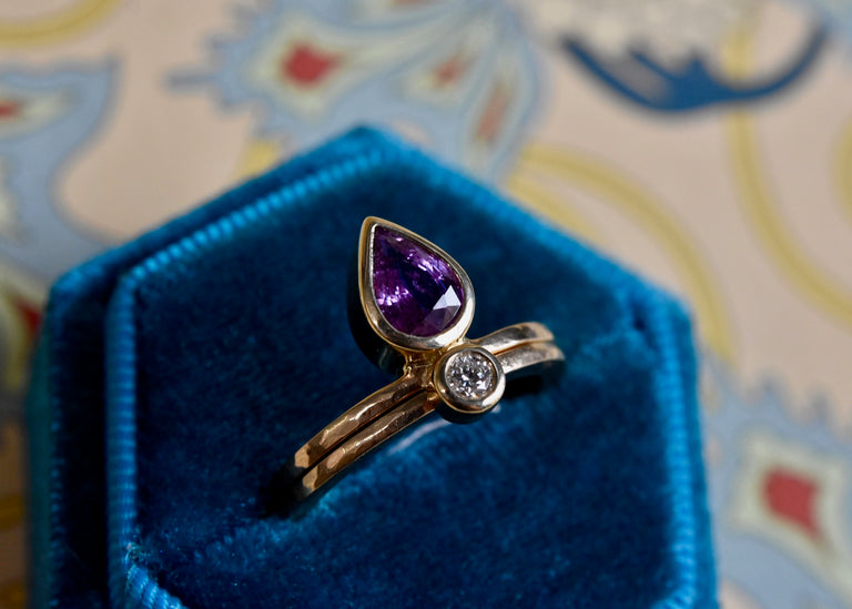 Little Flame Engagement Ring in Orchid Purple Sapphire - Goldmakers Fine Jewelry