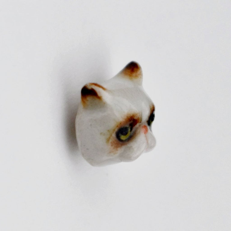 Celebrity Cat Lapel Pin - Goldmakers Fine Jewelry