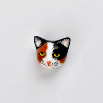Calico Kitty Lapel Pin - Goldmakers Fine Jewelry