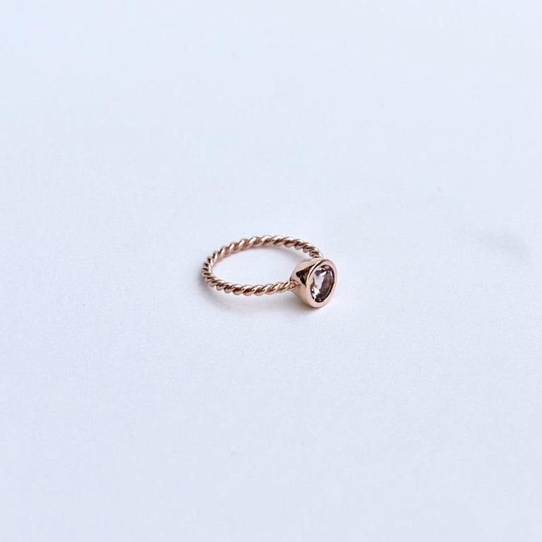 Morganite and Rose Gold Twist Ring - Goldmakers Fine Jewelry