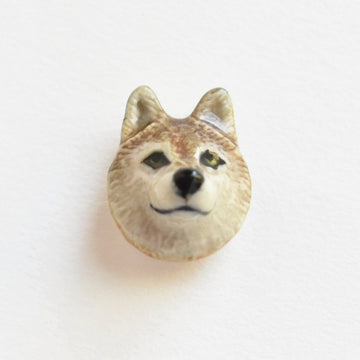 Wolf Lapel Pin - Goldmakers Fine Jewelry