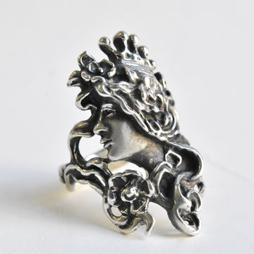Art Nouvau Lady Ring in Sterling Silver - Goldmakers Fine Jewelry