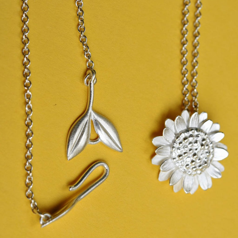 Sunflower Necklace - Goldmakers Fine Jewelry