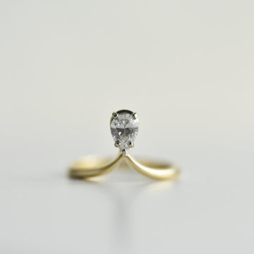 Dewdrop Diamond Engagement Ring in White Gold - Goldmakers Fine Jewelry
