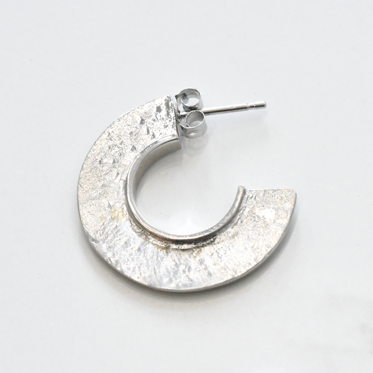 Fin Earrings in Sterling Silver - Goldmakers Fine Jewelry