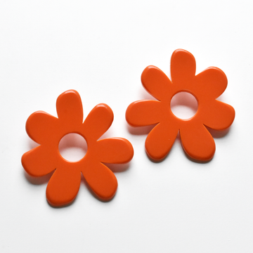 Large Mod Flower Post Earrings in Tomato - Goldmakers Fine Jewelry