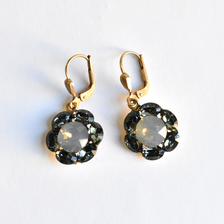 Crystal Flower Drops - Goldmakers Fine Jewelry