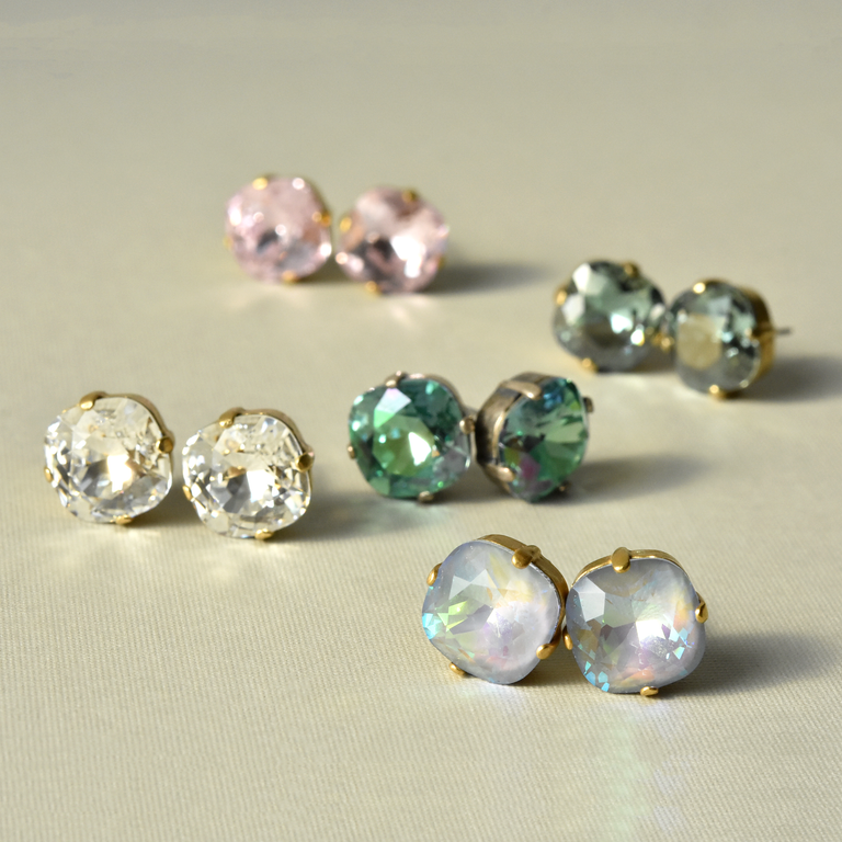 Crystal Clear Studs - Goldmakers Fine Jewelry
