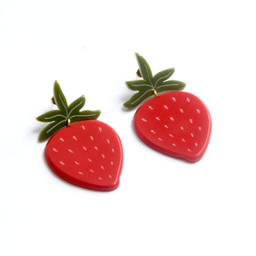 Large Strawberry Post Earrings - Goldmakers Fine Jewelry