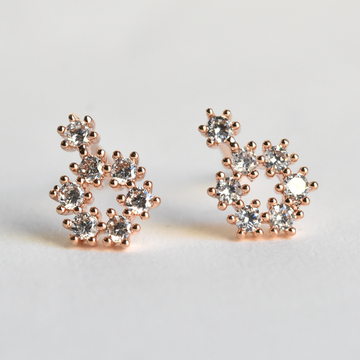 Mia Petite Circle Studs - Goldmakers Fine Jewelry