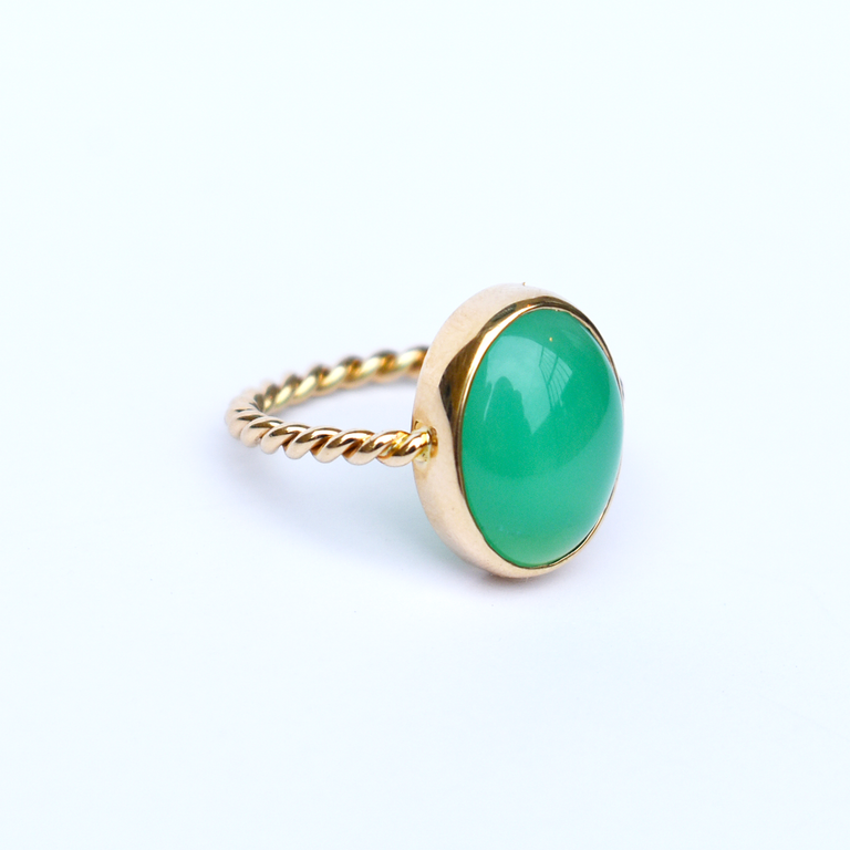 Mint Green Chyrsoprase Ring - Goldmakers Fine Jewelry
