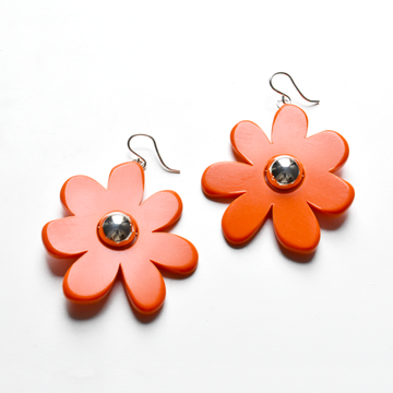 Large Mod Flower Wire Earrings in Tomato - Goldmakers Fine Jewelry