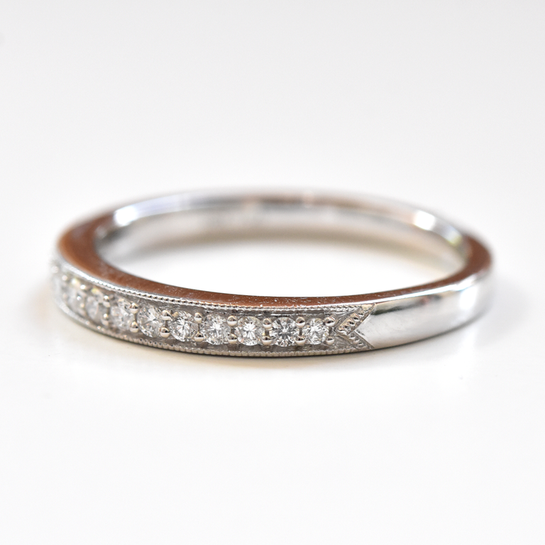Diamond Engagement Band in White Gold - Goldmakers Fine Jewelry