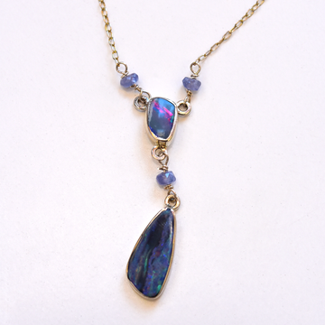 Opal Pendant Necklace - Goldmakers Fine Jewelry