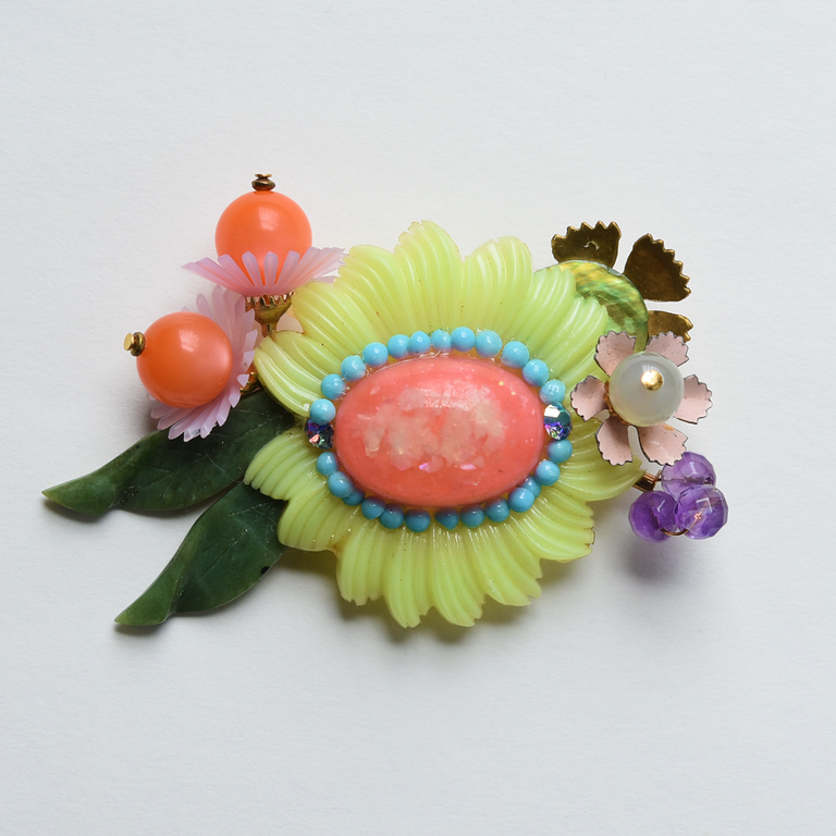 Pastel Flower Brooch - Goldmakers Fine Jewelry