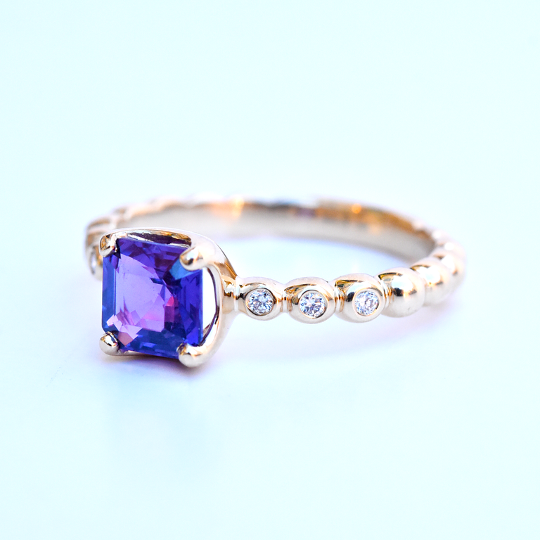 Bright Violet Sapphire Ring in Rose Gold - Goldmakers Fine Jewelry