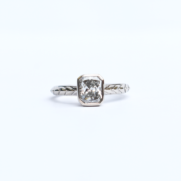 Radiant-Cut Diamond Deco Solitaire