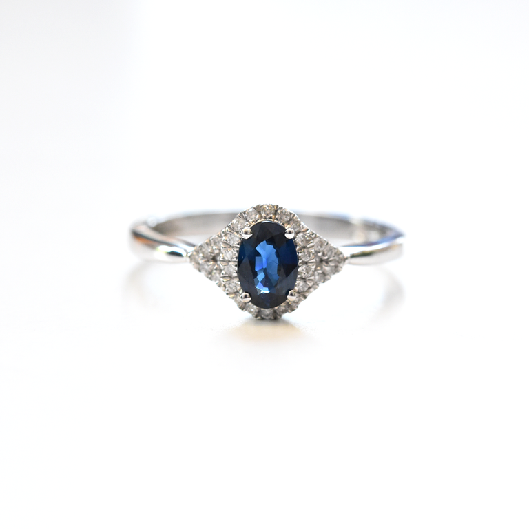 Sapphire and Diamond Ring - Goldmakers Fine Jewelry