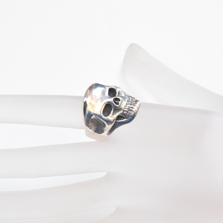 Skull Ring in Sterling Silver - Goldmakers Fine Jewelry