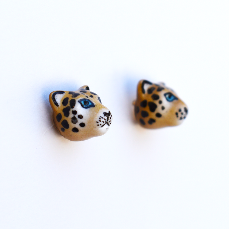 Small Leopard Post Earrings - Goldmakers Fine Jewelry