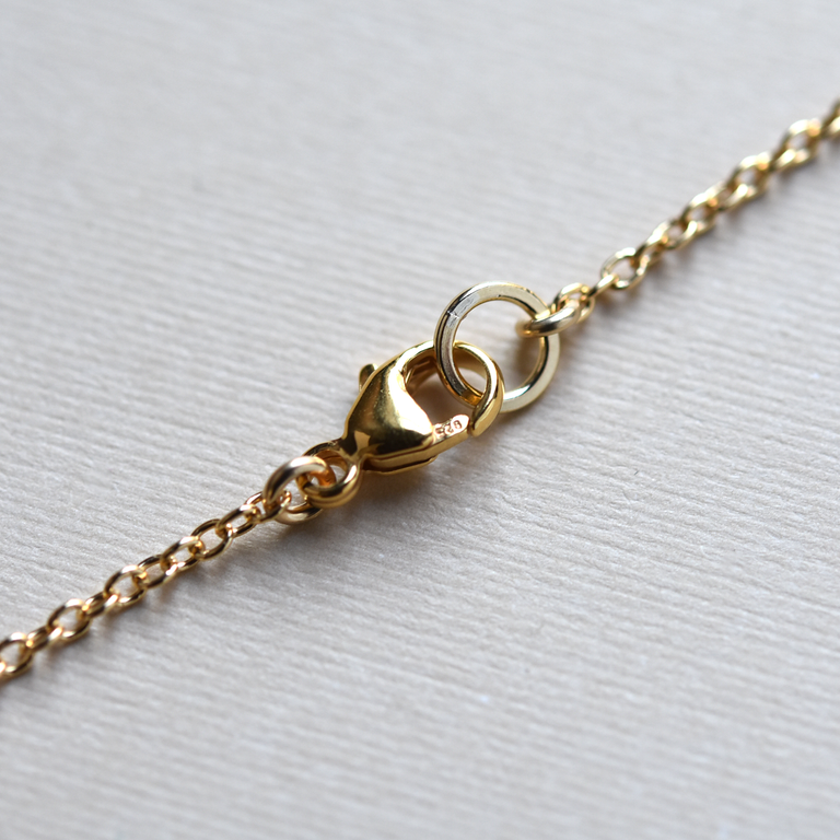 Honeycomb Necklace with Queen Anne's Lace - Goldmakers Fine Jewelry