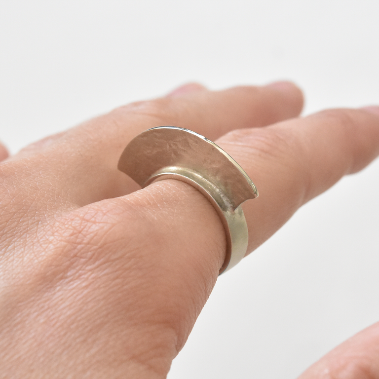Fin Ring in Sterling Silver - Goldmakers Fine Jewelry