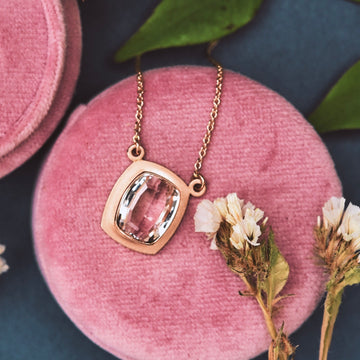 Blush Vapor Necklace in Rose Gold and Morganite - Goldmakers Fine Jewelry