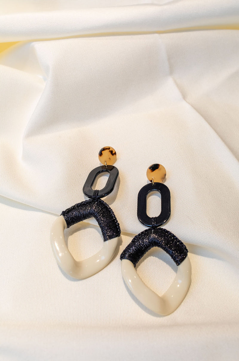 GRETA - CREAM AND BLACK  - EARRINGS
