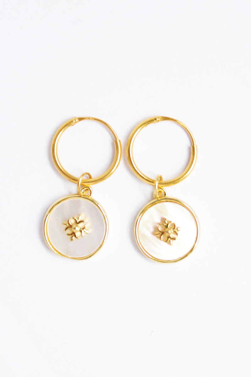 MOP FLOWER - EARRINGS