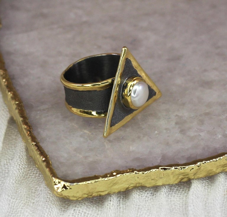 Hephestos Pearl Ring in Fine Silver with Black Rhodium and 24 Karat Gold
