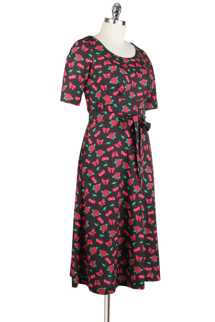 Elyzza London 1950s Style Plus Size Flare Dress in Cherry Print