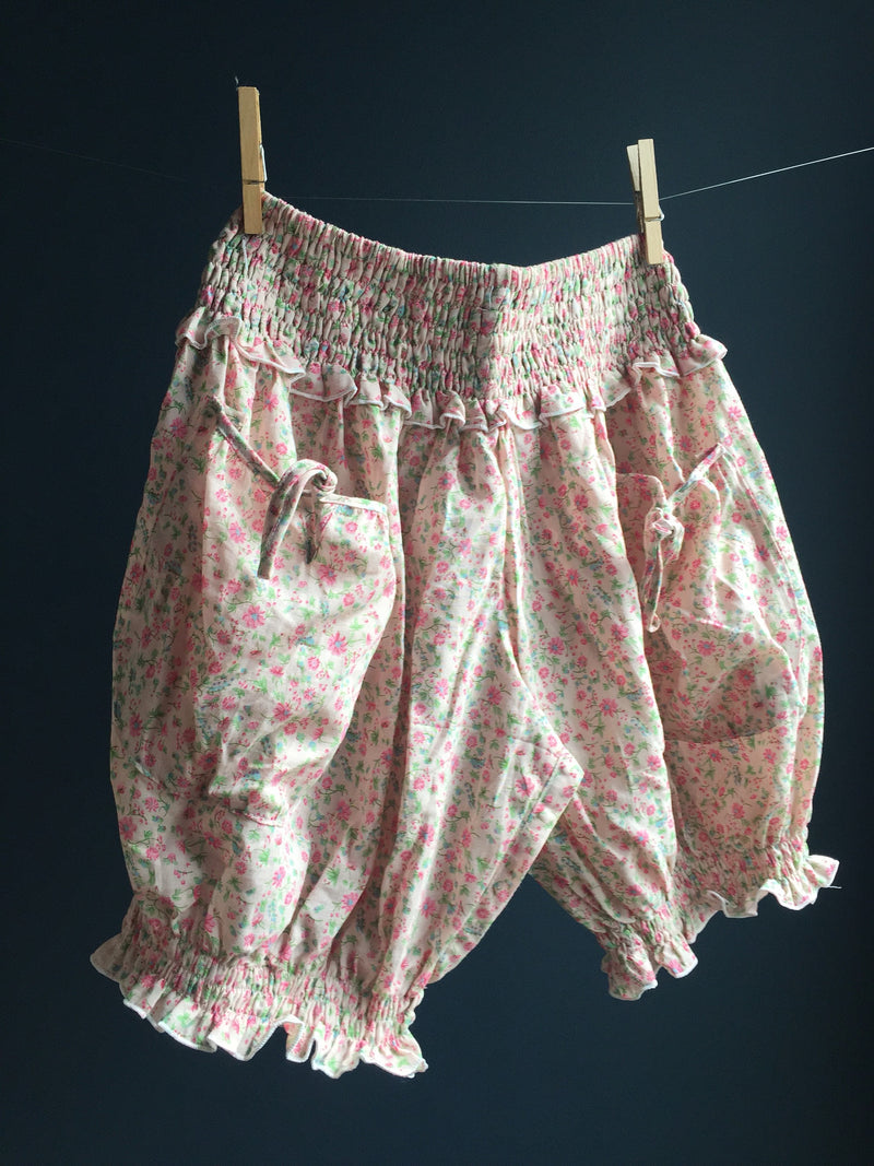 BLOOMERS in pink
