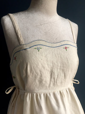 Pinafore Dress | Embroidred linen