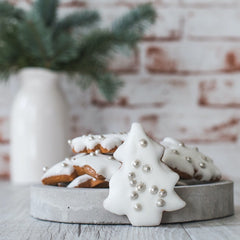 Gingerbread Christmas Trees – White