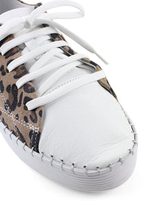 Bueno Sailor White/Cameo-Leopard/Black