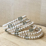 twist bracelet in white pearls and green quartz - twist collection - paneva