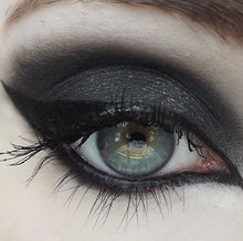 Mineral Eyeshadow Black Metal - The Beauty Vault