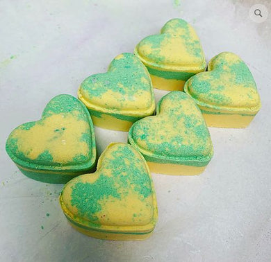 Bubblegum Love Heart Bath Bomb - The Beauty Vault