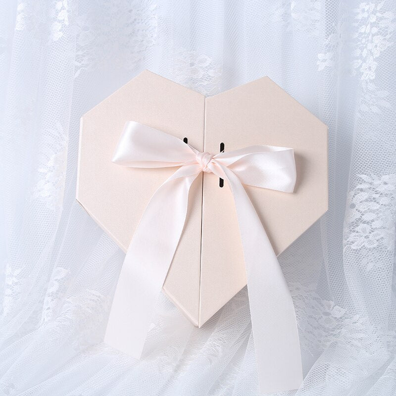 Creative Heart-Shaped Box Packaging Flower Bouquet Box Valentine's Day Gifts Box Floral Pack Boxes for Bridesmaid