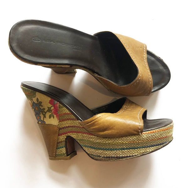 Thrift Store | Tan Open Toe Mules | Lea Foscati | Size 37