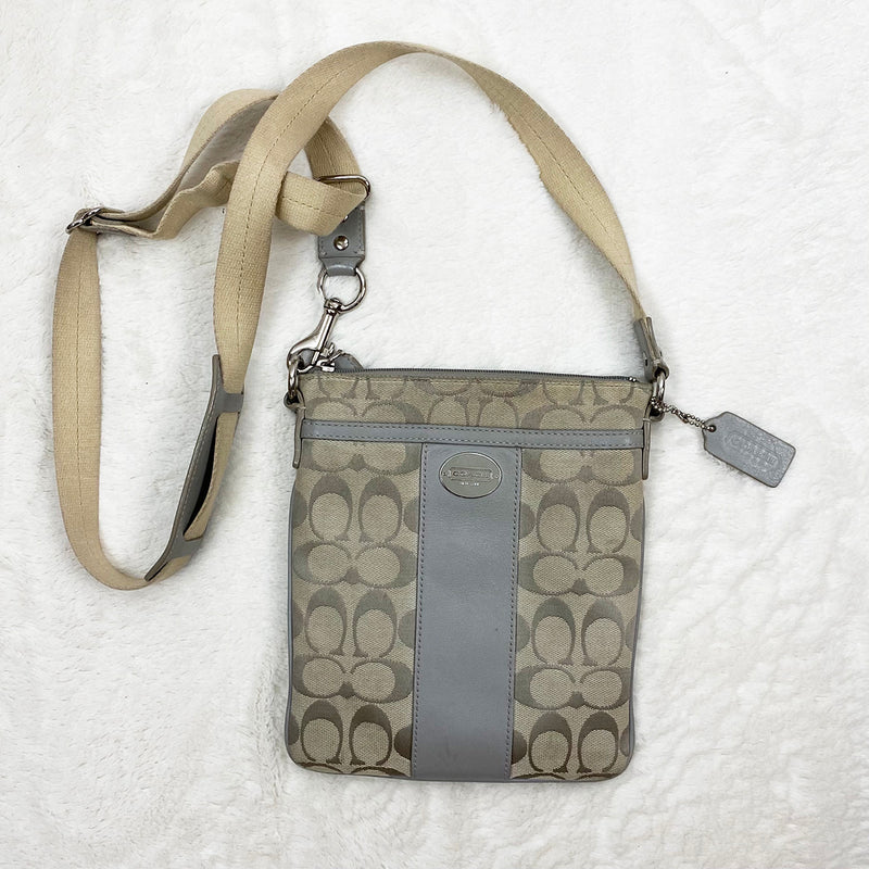 Signature Swingpack, Grey | Coach